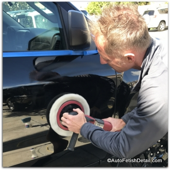 auto fetish polishing with car polish