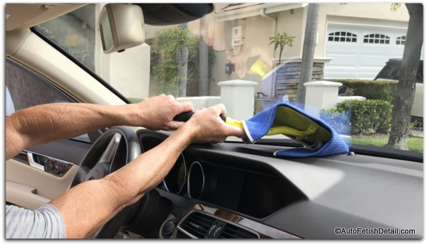 how to clean car windows with invisible glass window tool