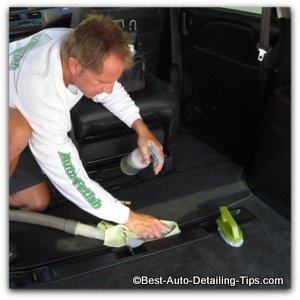 cleaning car all purpose cleaner