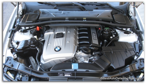 picture of detailed car engine after cleaning and detailing