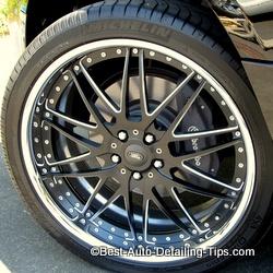 range rover black and chrome wheel