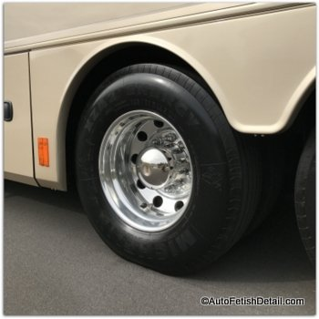 RV tire dressing