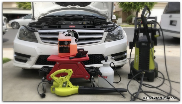 using best electric pressure washer to detail car engine